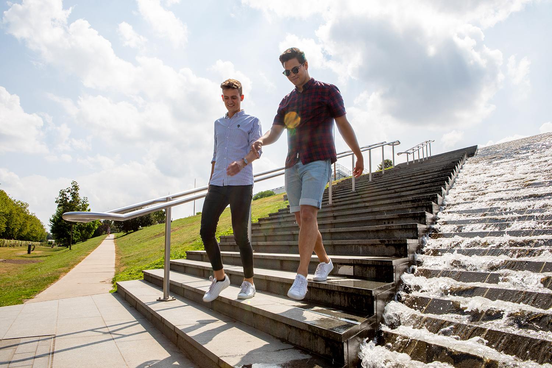 Wandelen op het Dakpark in Nieuw-Mathenesse